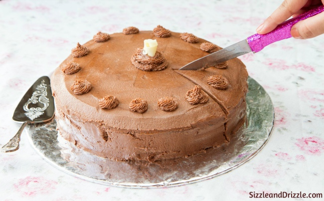 Images For Cake Cutting : Paris and Hot Chocolate cake with buttercream frosting ...