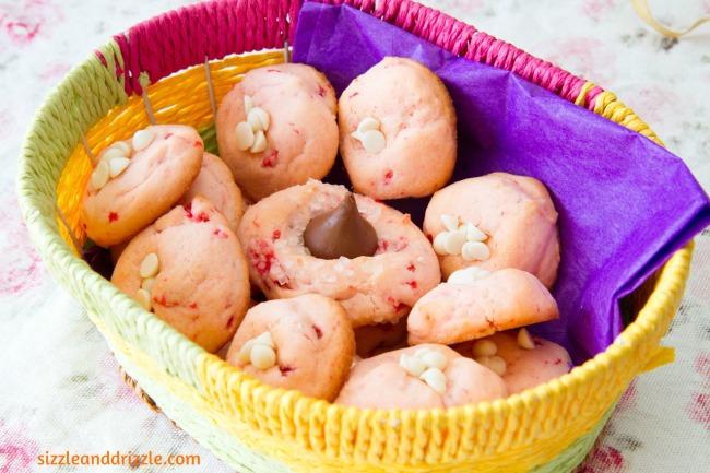 Maraschino cherrie cookies
