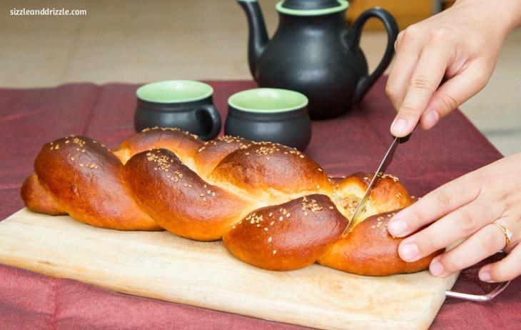 Cutting the bread braid