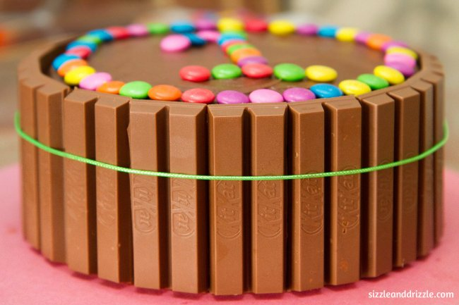 Kitkat and Gems cake