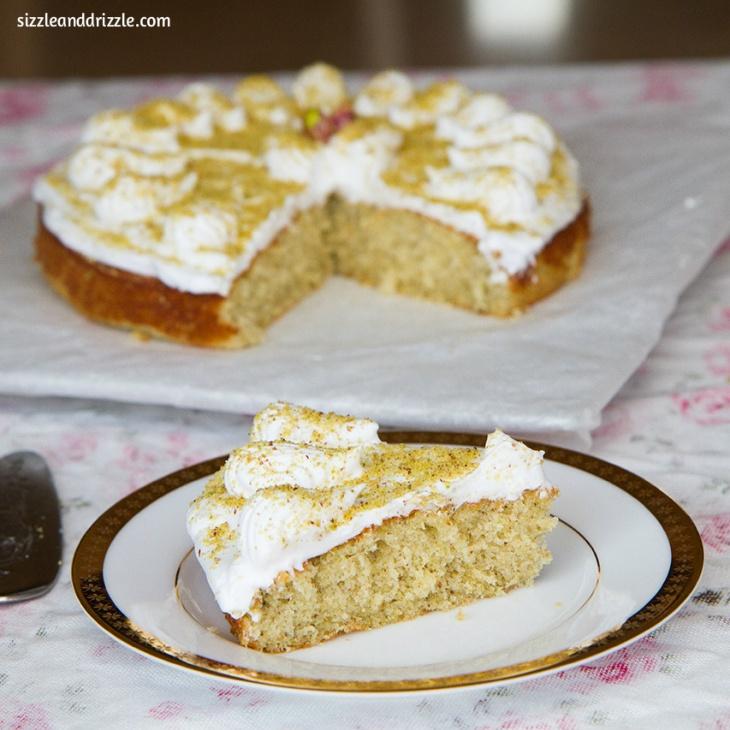 Pistachio cake with cream