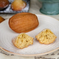 Honey Orange-zest Madelines