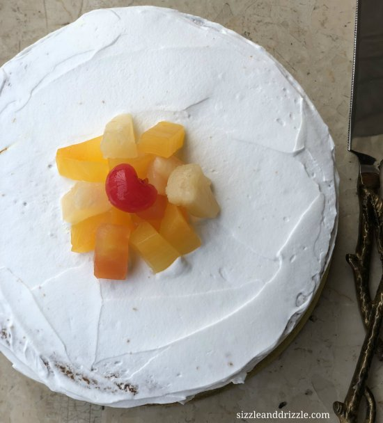 Saffron cake with fruits